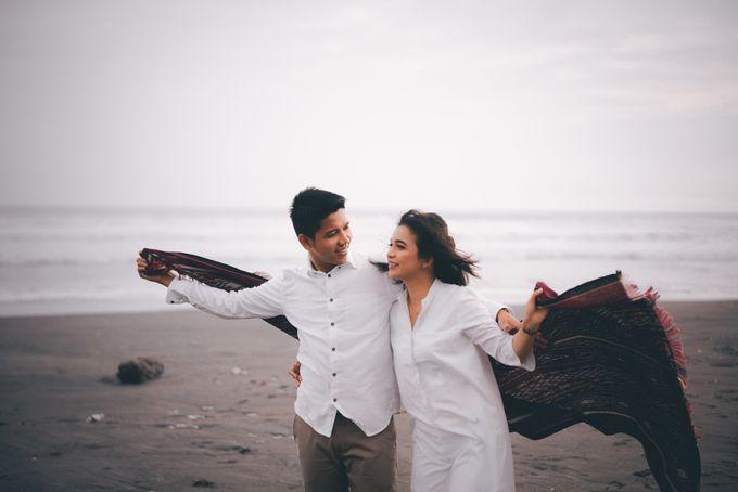 Prewedding Sara dan Jonathan by jogjasendu - 018