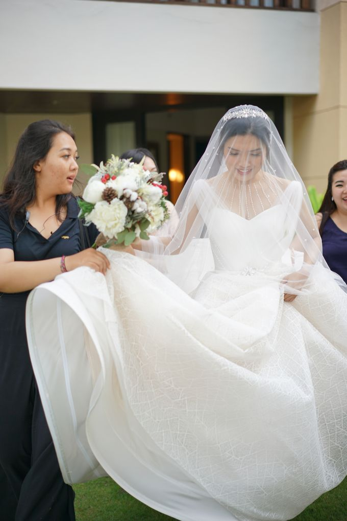 Wedding dress Natashia Nikita by Butterfly Event Styling - 002