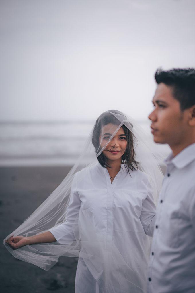 Prewedding Sara dan Jonathan by jogjasendu - 019