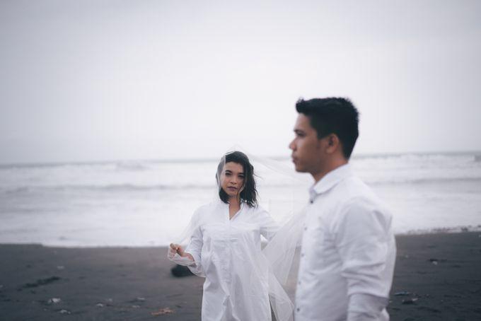 Prewedding Sara dan Jonathan by jogjasendu - 020