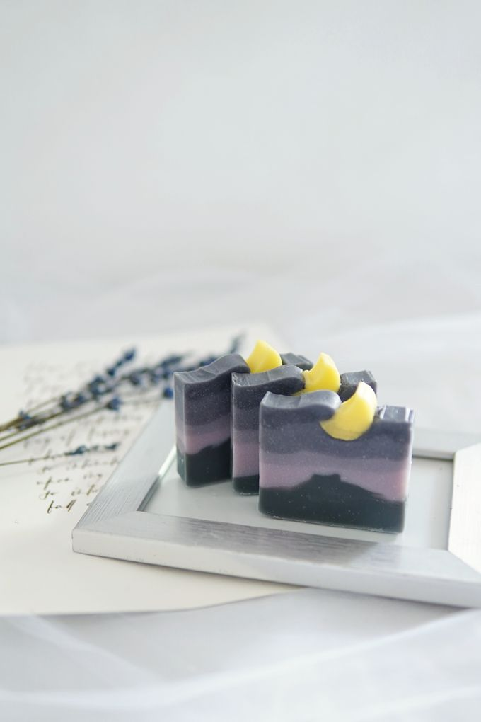 HANDMADE NATURAL SOAP GIFT by Jollene Gifts - 007