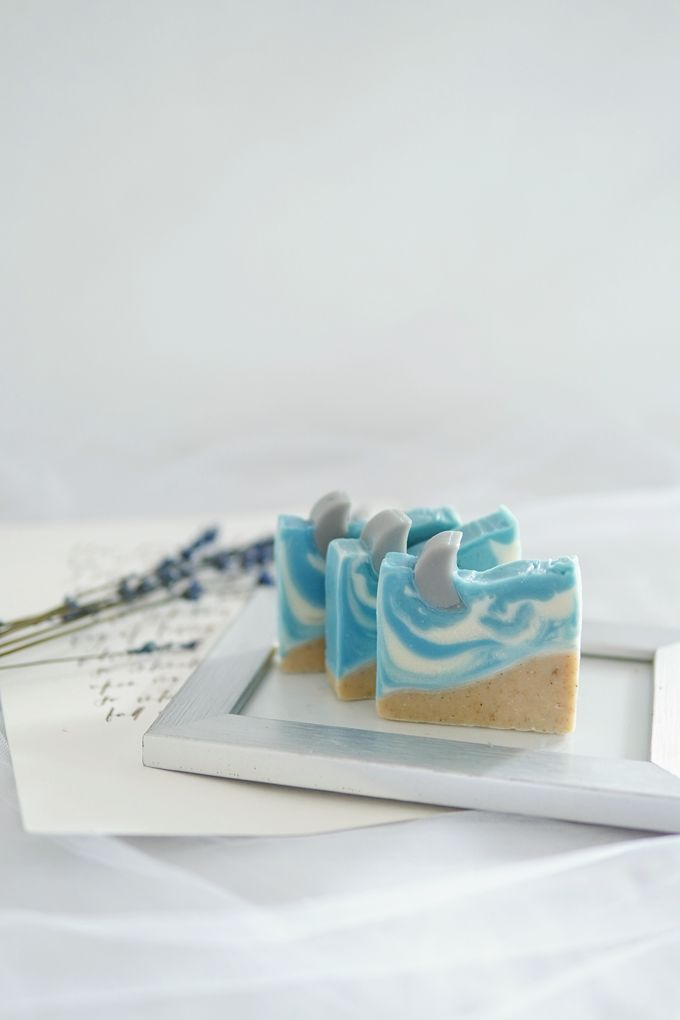 HANDMADE NATURAL SOAP GIFT by Jollene Gifts - 005