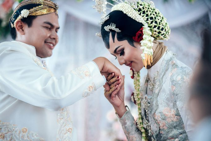 Akad Nikah of Ayu & Artha by: Gofotovideo by GoFotoVideo - 048