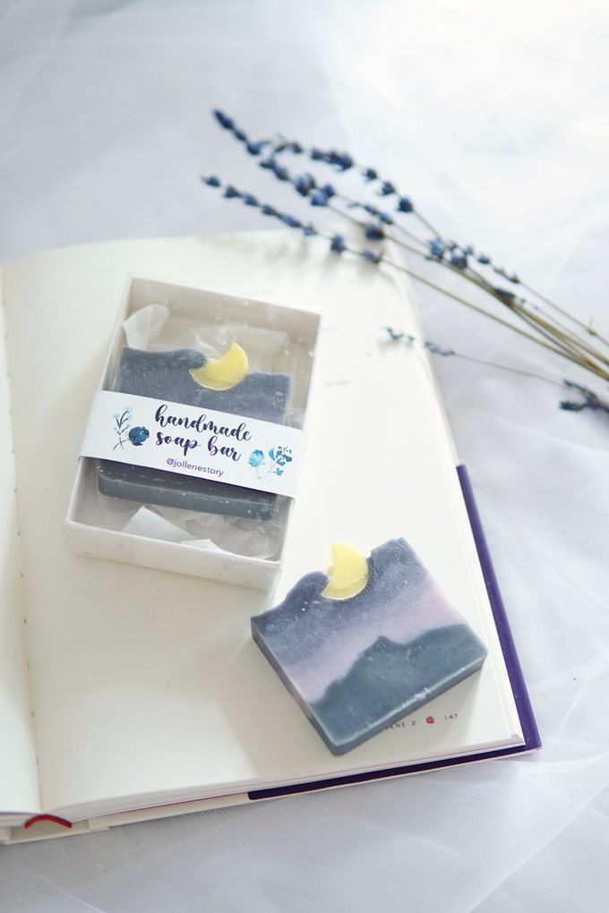 HANDMADE NATURAL SOAP GIFT by Jollene Gifts - 009