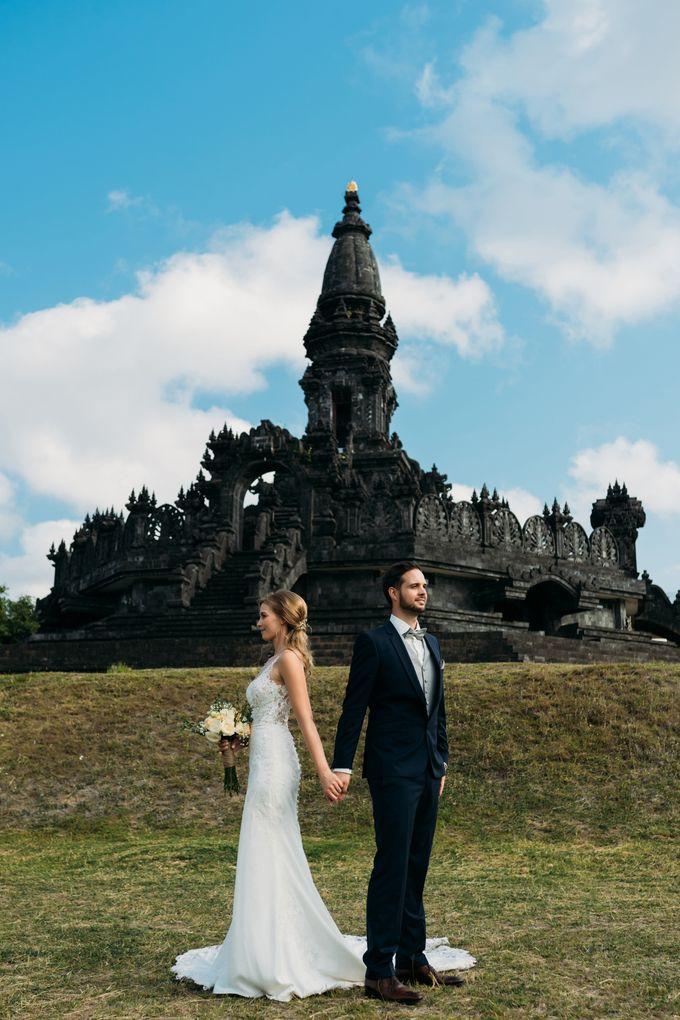 Honeymoon in Bali by Mariyasa - 004