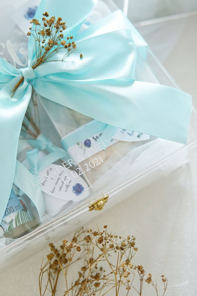 BRIDESMAID GIFT BOX by Jollene Gifts - 004