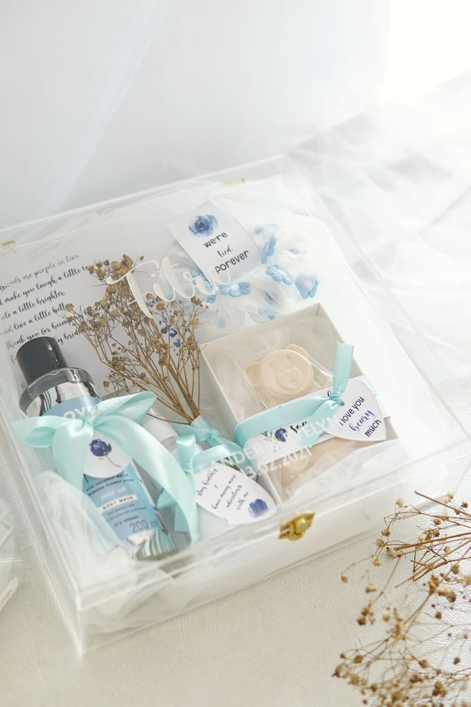 BRIDESMAID GIFT BOX by Jollene Gifts - 006