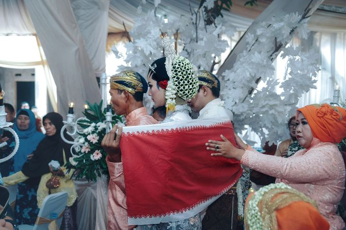 Akad Nikah of Ayu & Artha by: Gofotovideo by GoFotoVideo - 049