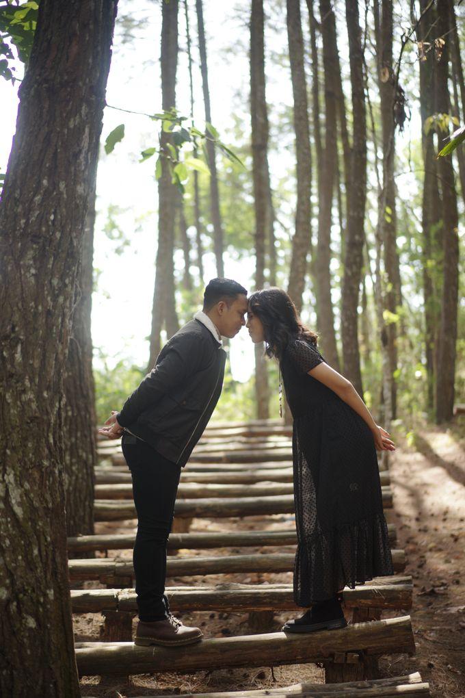 Prewedding Gunung Ireng Winata dan Rayson by jogjasendu - 003