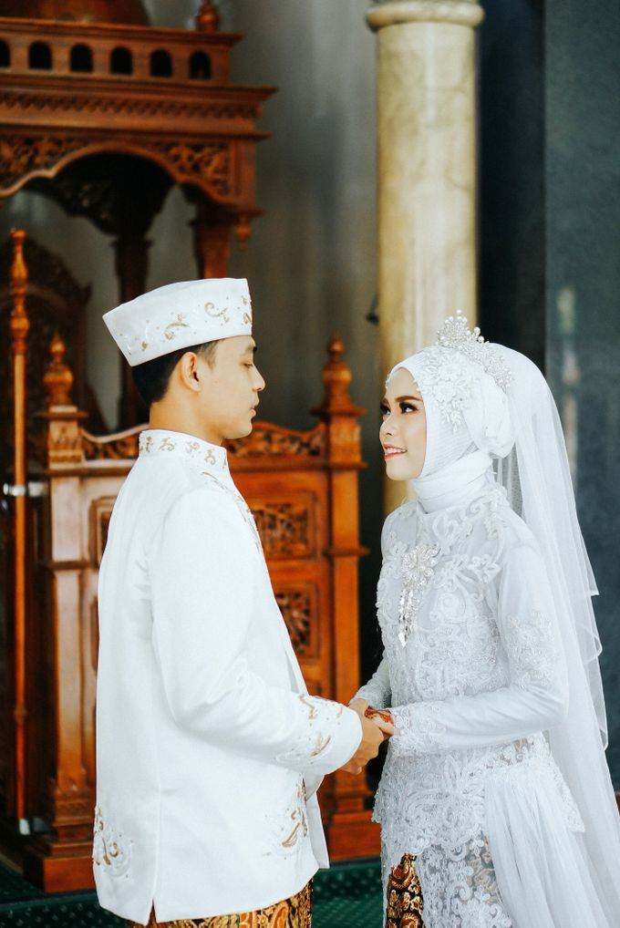 Firda & Danang Wedding Session by martialova photoworks - 010