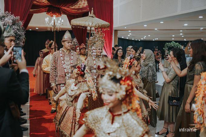 Yozha & Weldy Wedding day by Inframe photo video - 017