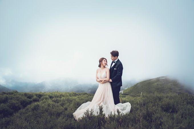 Albertus & Roweina Prewedding at Cibodas by GoFotoVideo - 002