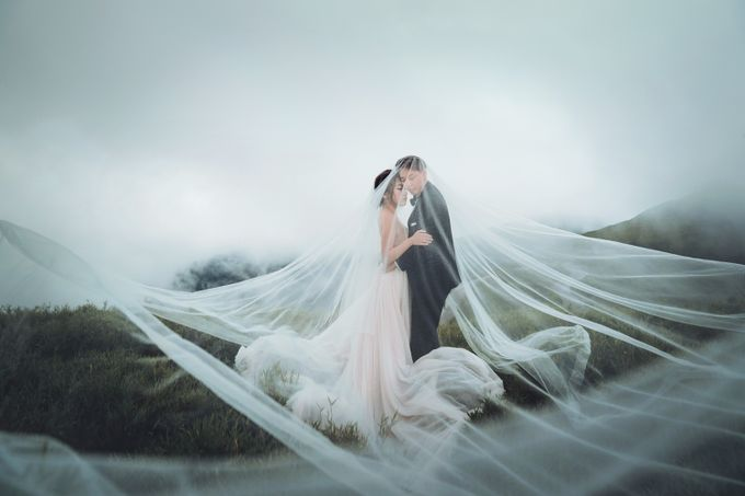 Albertus & Roweina Prewedding at Cibodas by GoFotoVideo - 016