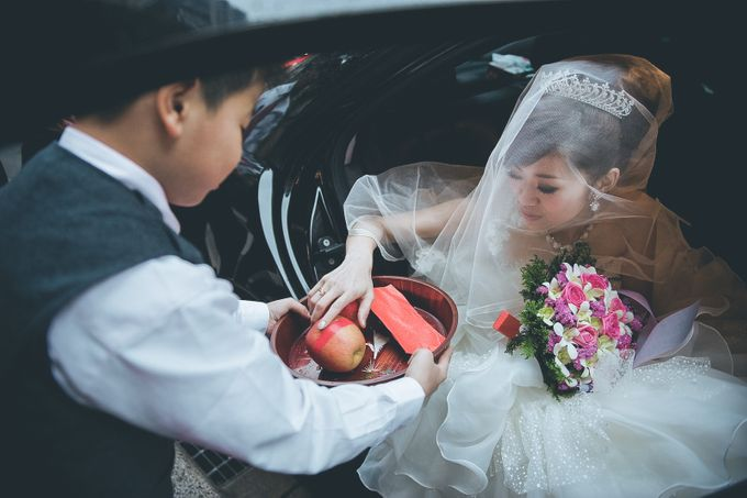 The Wedding Ceremony of Gery & Nindi by: Gofotovideo by GoFotoVideo - 032