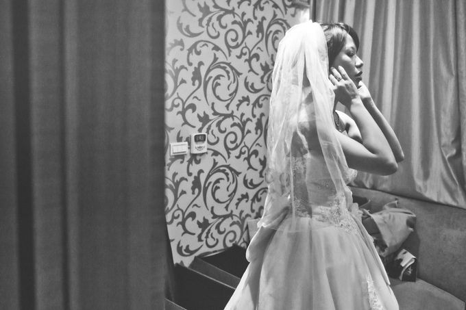Wedding Preparation of Julianto & Zizi by: Gofotovideo by GoFotoVideo - 004