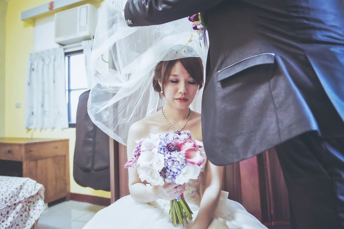 Wedding Preparation of Julianto & Zizi by: Gofotovideo by GoFotoVideo - 005