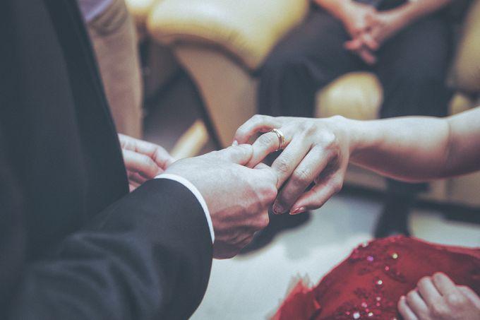 Wedding Preparation of Julianto & Zizi by: Gofotovideo by GoFotoVideo - 019