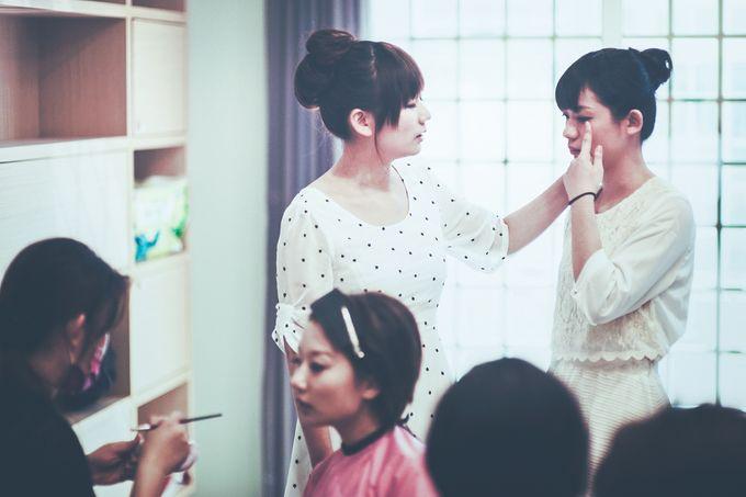 Wedding Preparation of Julianto & Zizi by: Gofotovideo by GoFotoVideo - 040