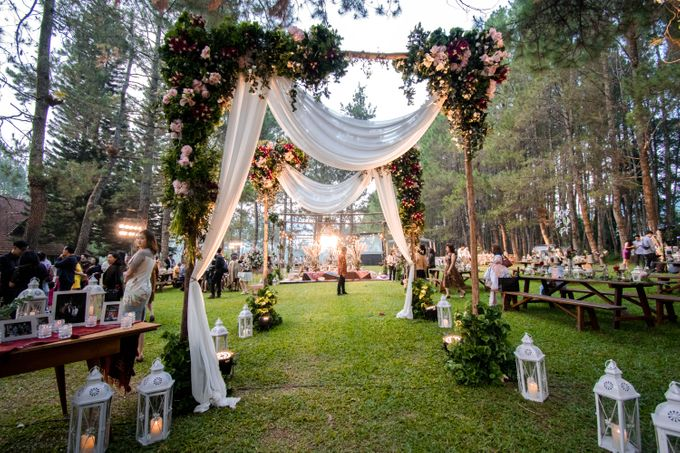 Eliza & Steven Wedding At PineHill Cibodas by Pine Hill Cibodas - 030