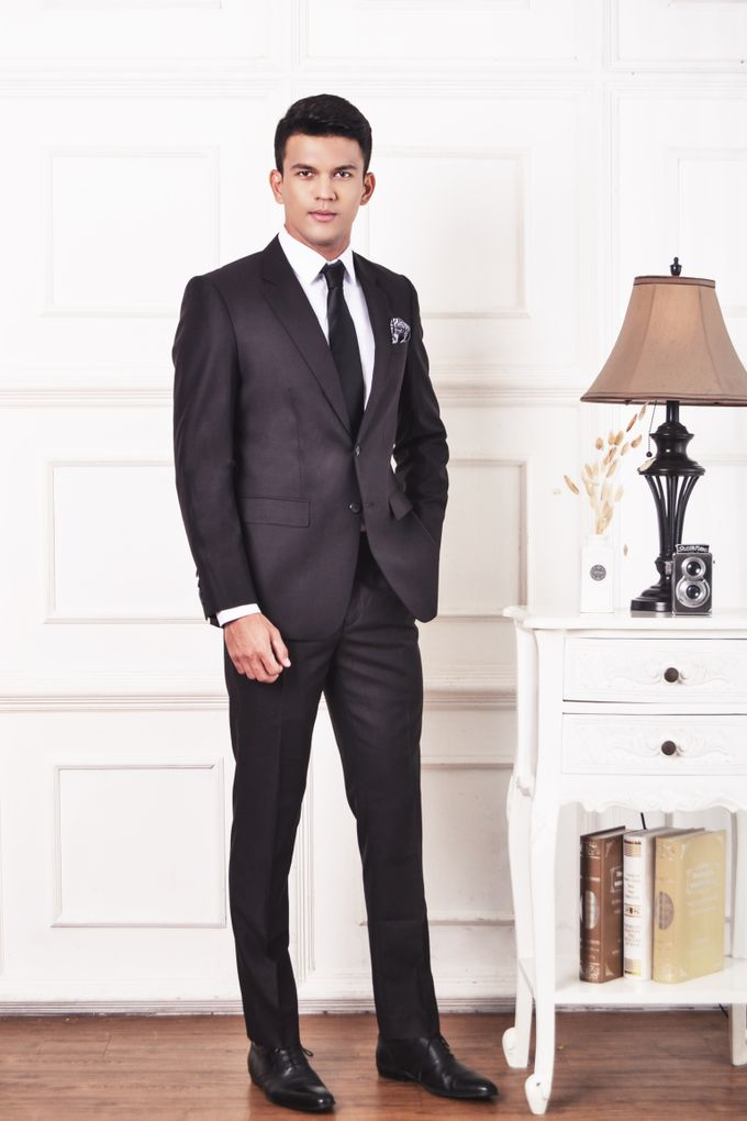 Black Suit by ARLO Tailor - 001