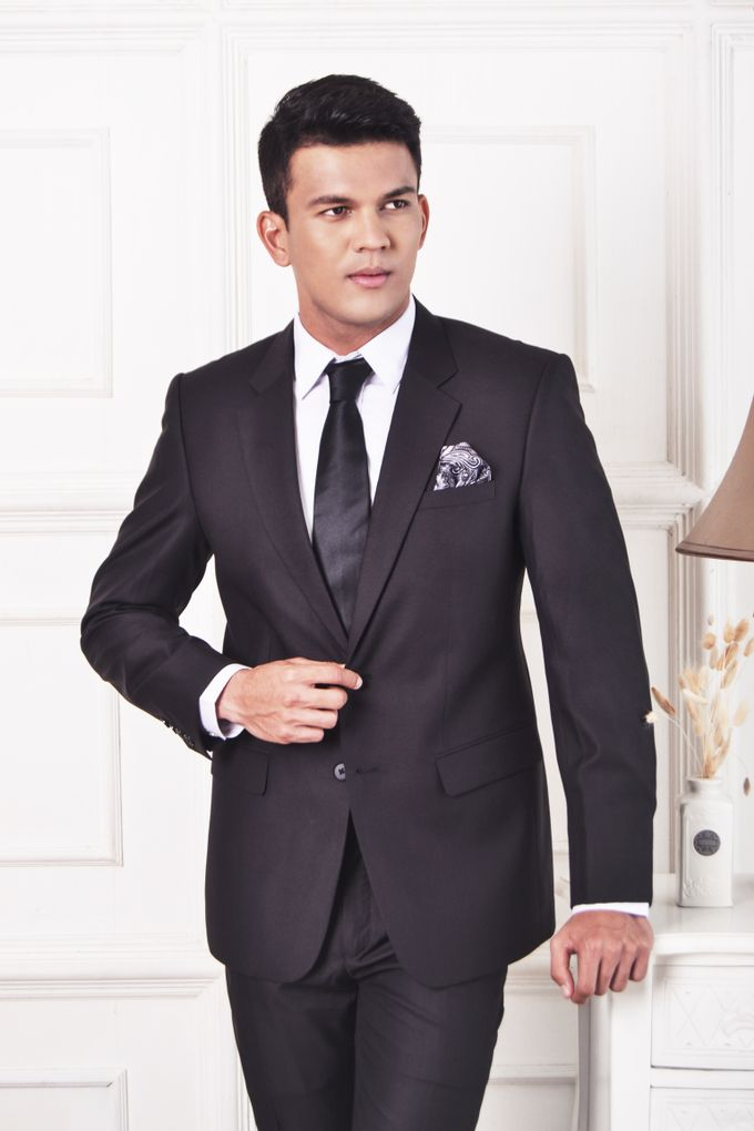 Black Suit by ARLO Tailor - 002