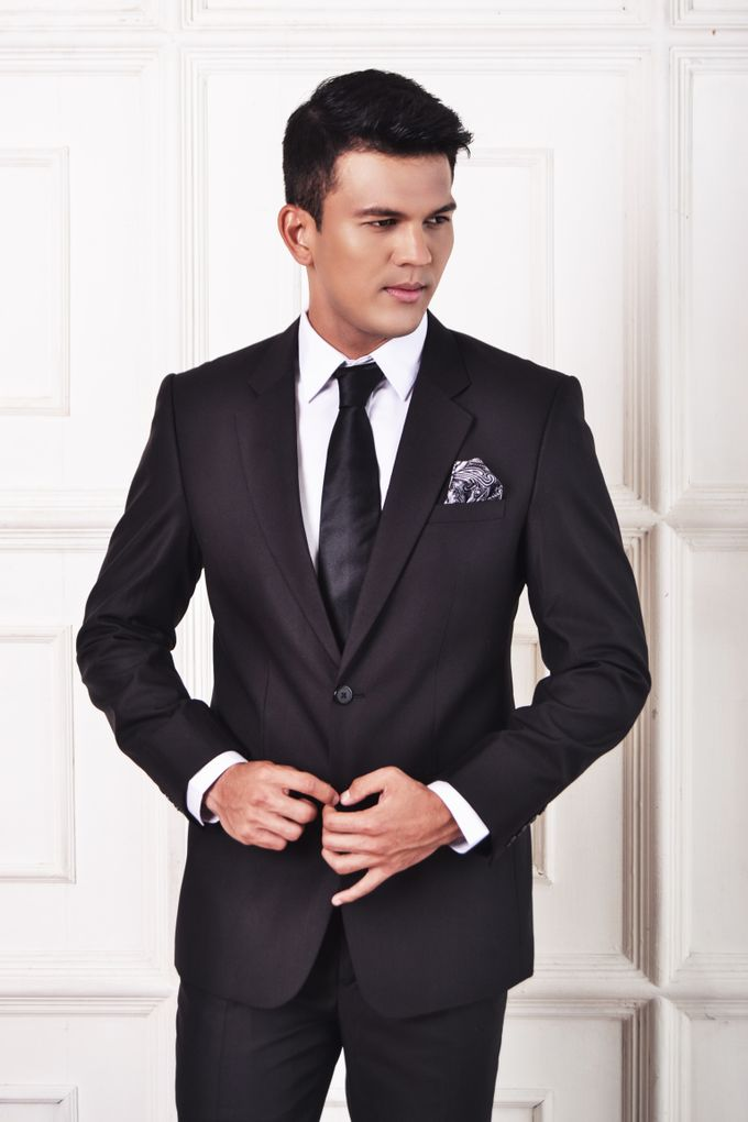 Black Suit by ARLO Tailor - 004