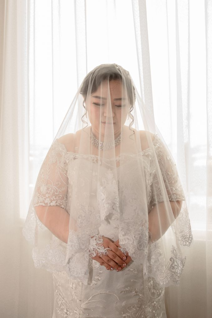 Wedding Day of Hartono & Yessica by House Of Lea Bridal - 016