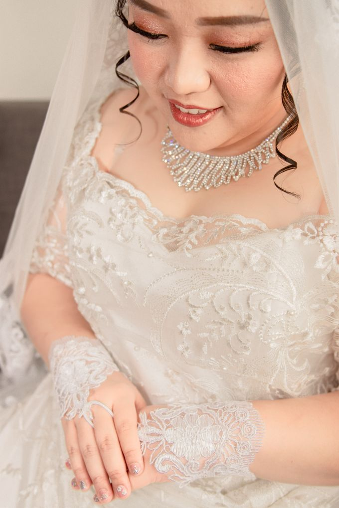 Wedding Day of Hartono & Yessica by House Of Lea Bridal - 018