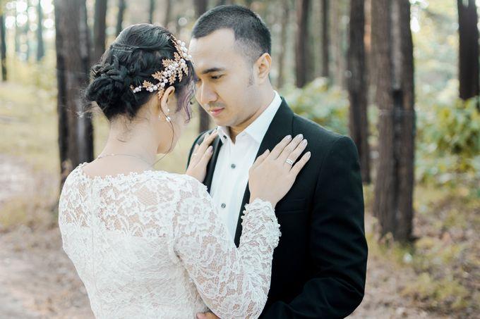 Prewedding Ikhe & Candra by photolazuardi - 003