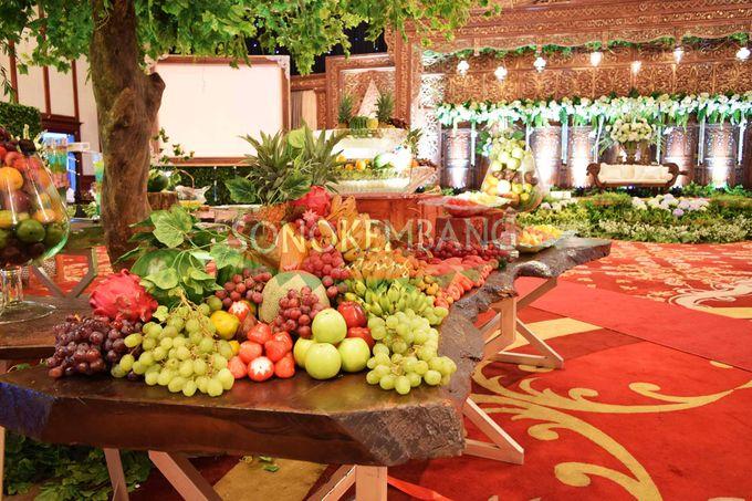 Wedding of Matt & Mira by Sonokembang Catering - 002