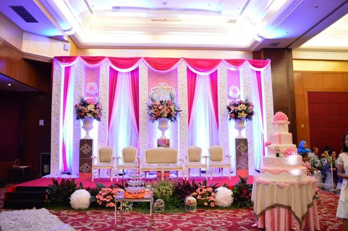 Hendri kurnia by best western mangga dua jakarta bridestory add to board hendri kurnia by best western mangga dua jakarta 002 junglespirit Image collections