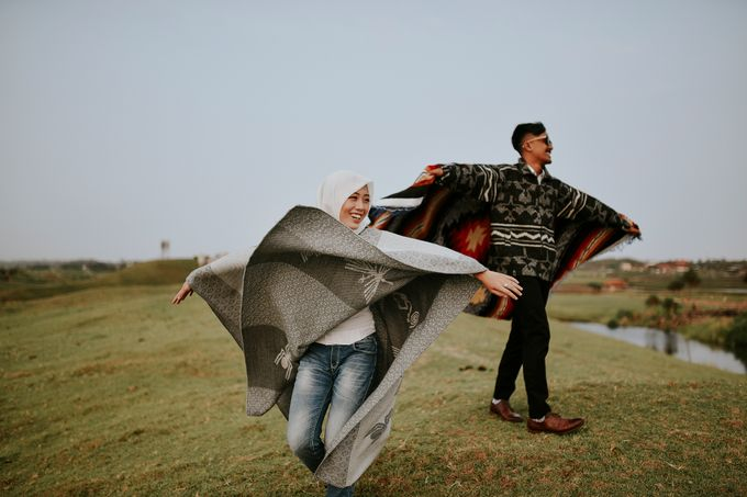Sarah & Indra' couple session by akar photography - 002