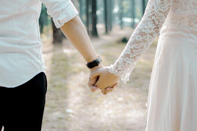 Prewedding Ikhe & Candra by photolazuardi - 004