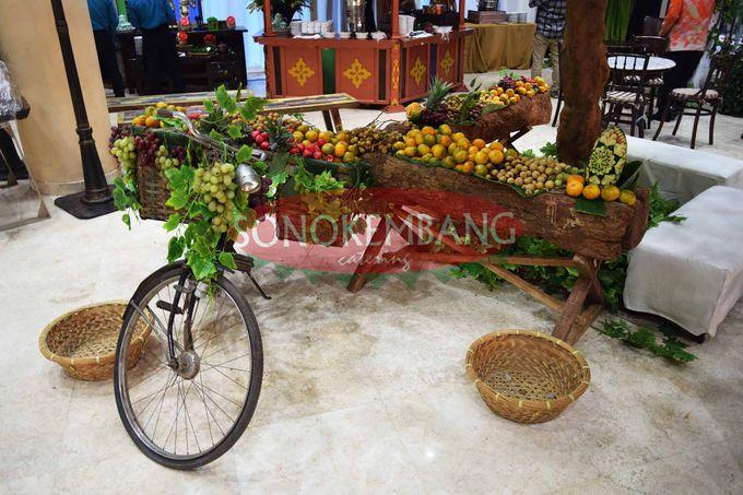Wedding of Matt & Mira by Sonokembang Catering - 005
