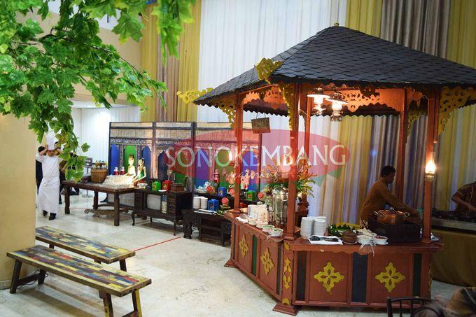 Wedding of Matt & Mira by Sonokembang Catering - 007