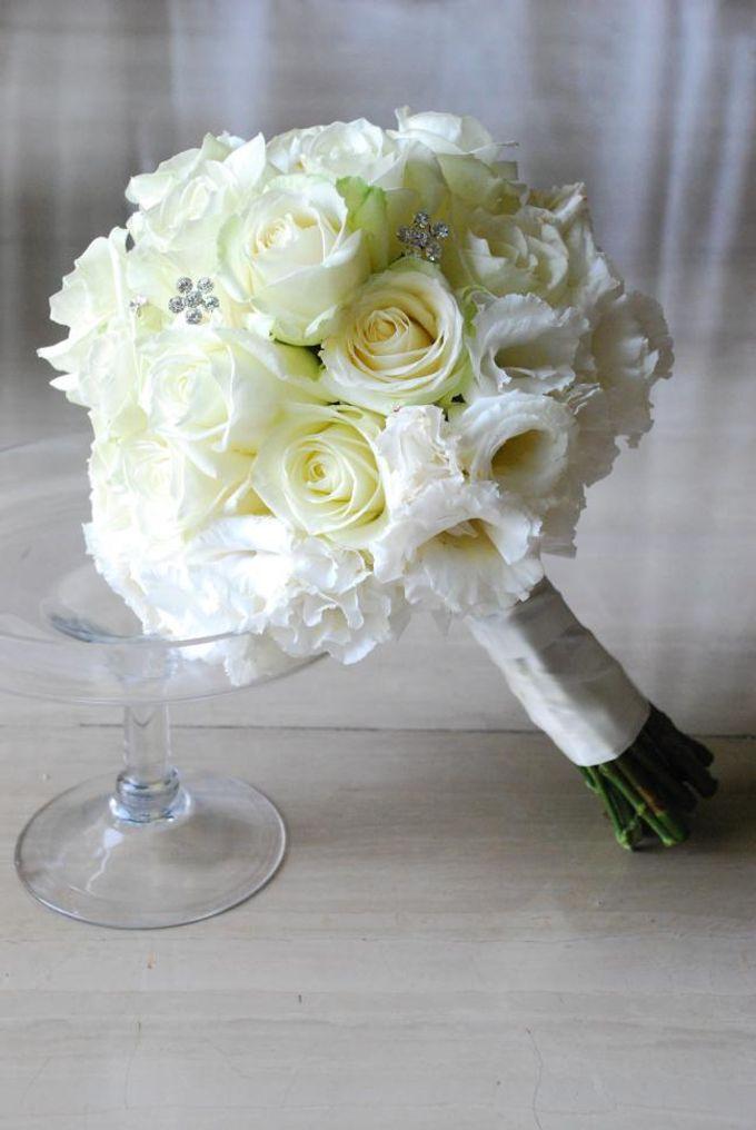 Wedding Bouquet by Hana Flower Boutique by Hana Flower Boutique - 004