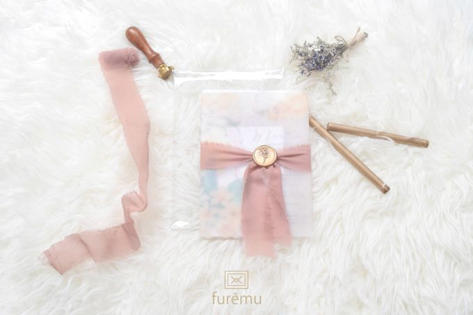 Full Color Acrylic With Vellum Cover And Clear Pouch by Furēmu - 001