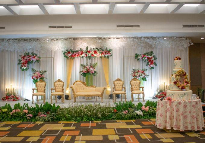 Martha & Gilang Wedding by Lemo Hotel - 003