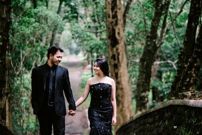 PRE WEDDING by Thousand Pictures   Photo & Video - 034