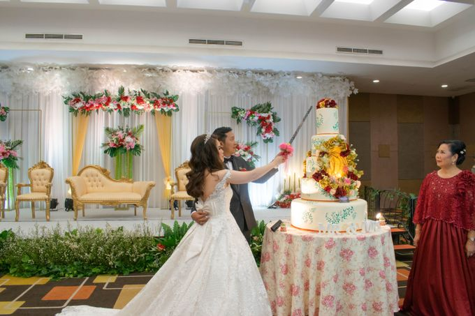 Martha & Gilang Wedding by Lemo Hotel - 010