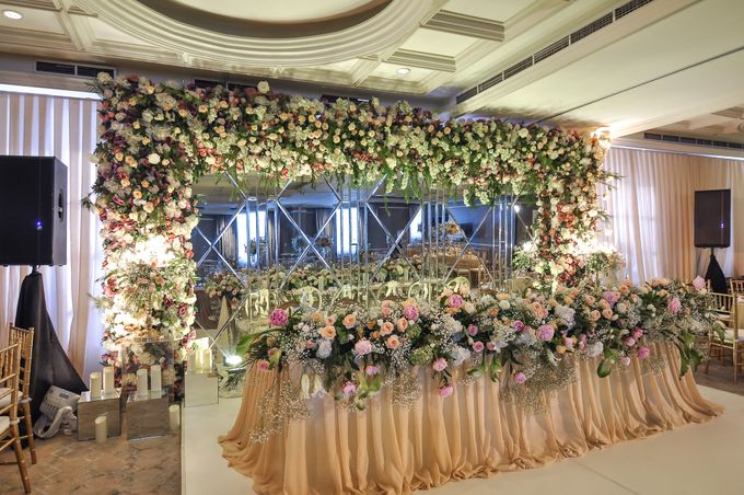 A WEDDING AT GRAND MAHAKAM by AIRY - 001