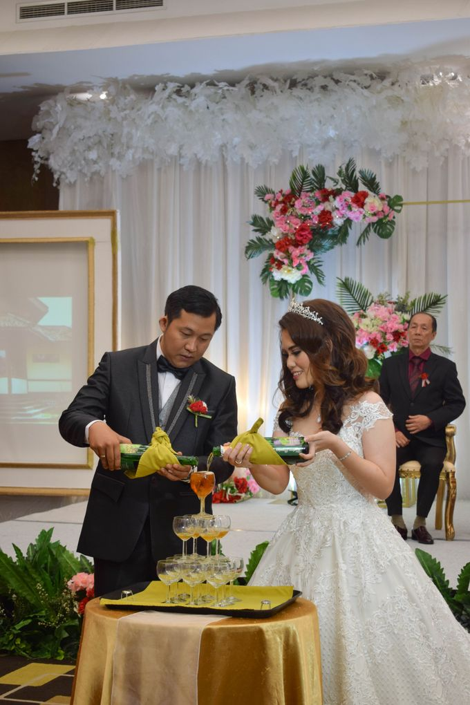Martha & Gilang Wedding by Lemo Hotel - 013