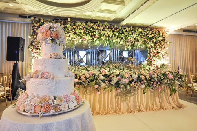 A WEDDING AT GRAND MAHAKAM by AIRY - 018