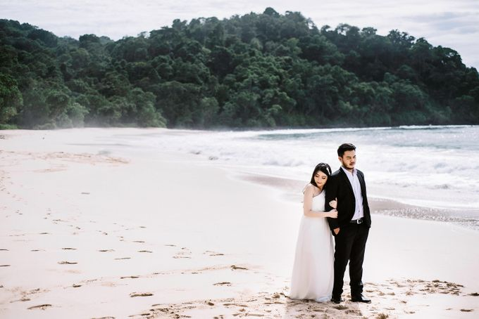 PRE WEDDING by Thousand Pictures   Photo & Video - 035