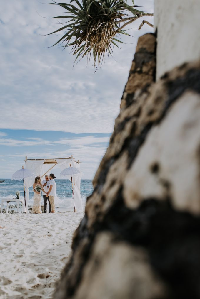 Wedding destination in Nusa Lembongan Jack & Natalie by Aka Bali Photography - 014