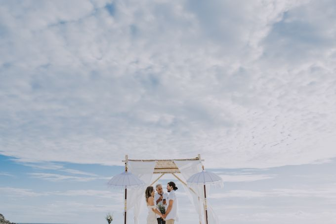 Wedding destination in Nusa Lembongan Jack & Natalie by Aka Bali Photography - 016