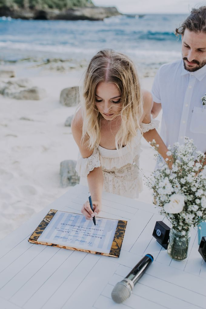 Wedding destination in Nusa Lembongan Jack & Natalie by Aka Bali Photography - 018