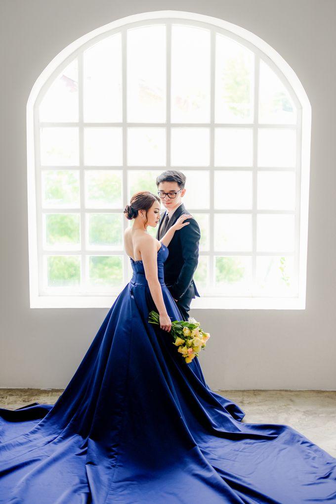 Studio Pre Wedding Devina & Denis by Bondan Photoworks - 029