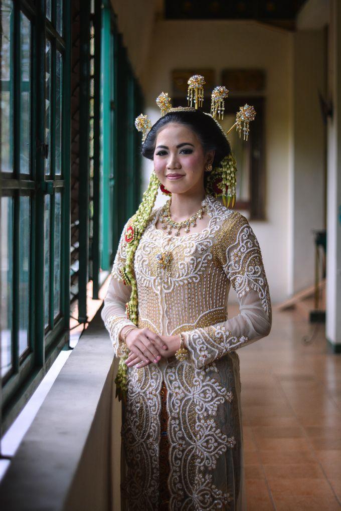 Wedding fakhri dan Zackia by Fakhri photography - 010