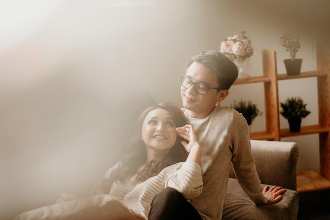 Studio Pre Wedding Devina & Denis by Bondan Photoworks - 016